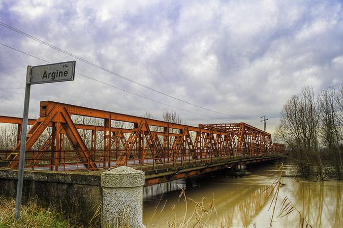 Ponte sul Reno