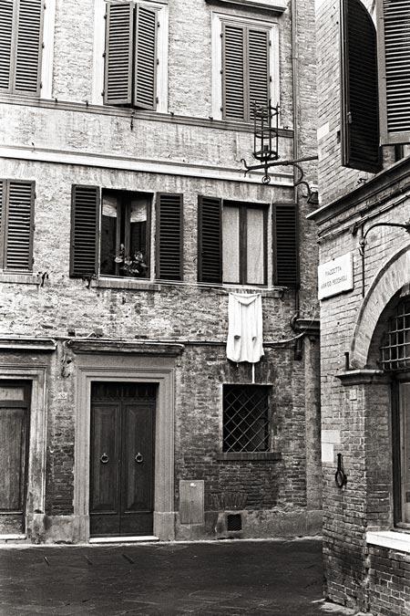 Siena B&W