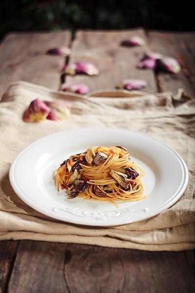 Spaghetti con Carciofi e Bottarga - Spaghetti with Artichokes and Botargo
