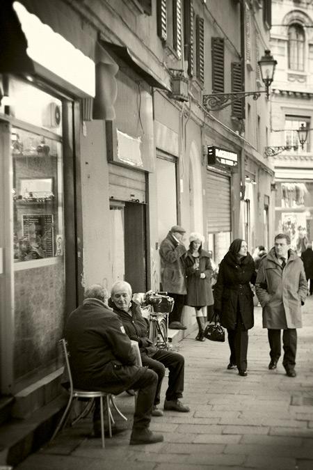 Bologna vicolo Ranocchi